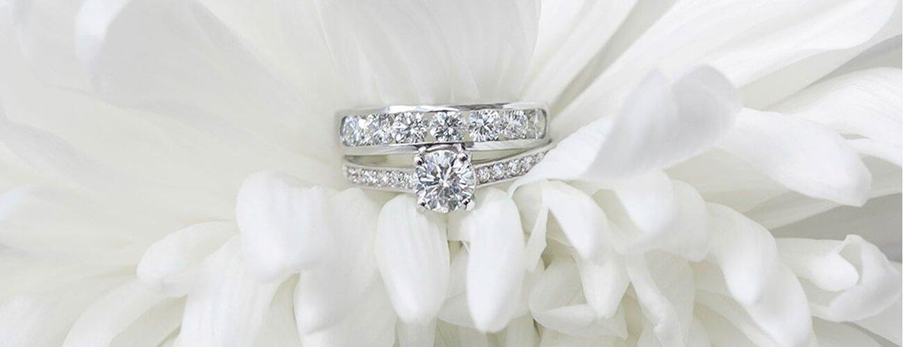 Joyería Saphir - Alianzas Diamante y Compromiso